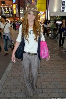 [post pics] non-model gyaru's Shibuya-Girl-Suspenders-09-2009-001
