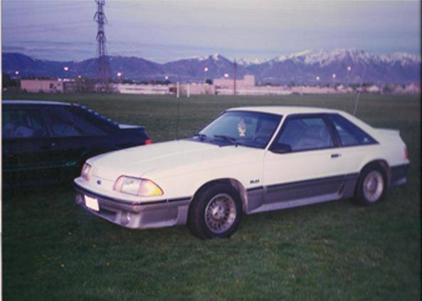 My Oxford White 1989 Mustang GT 89-early_zpsbcef096a