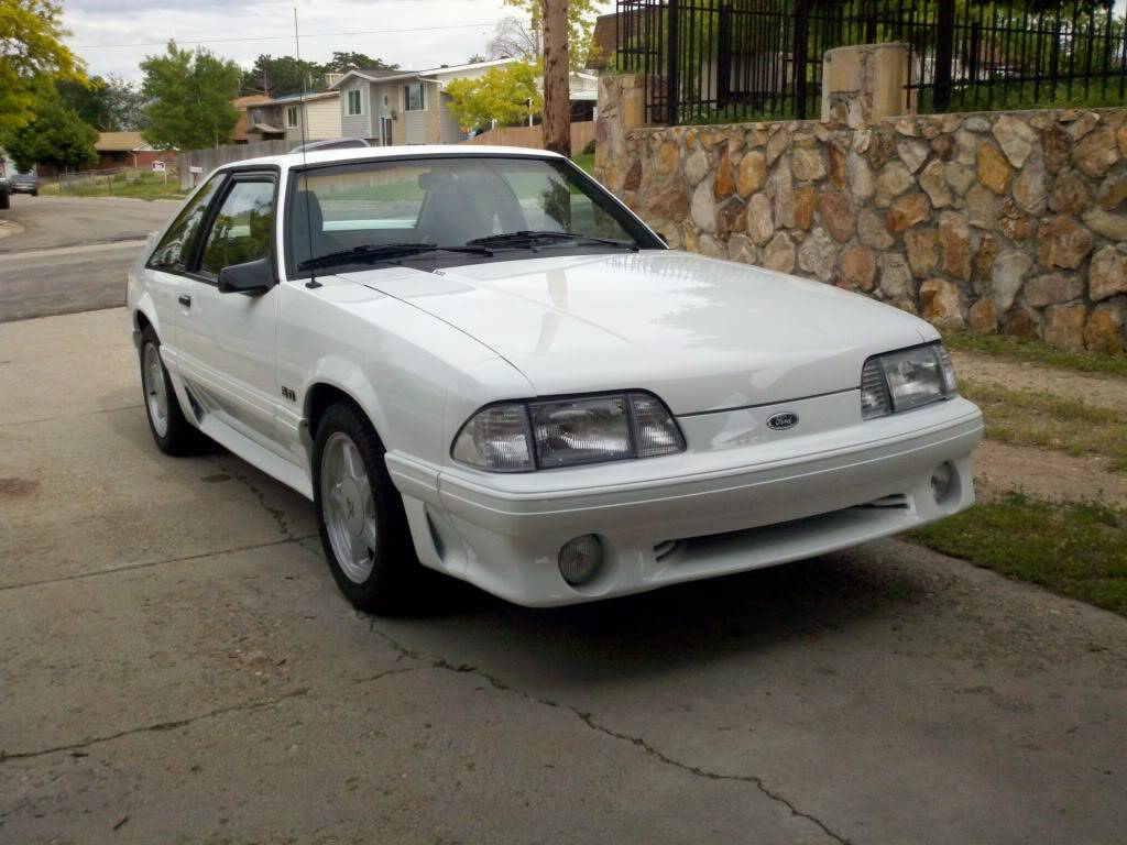 My Oxford White 1989 Mustang GT 2011-06-18_17-15-14_302