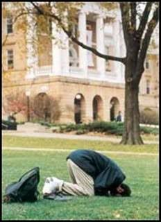 Namaaz -- Some Impressing Photos 19