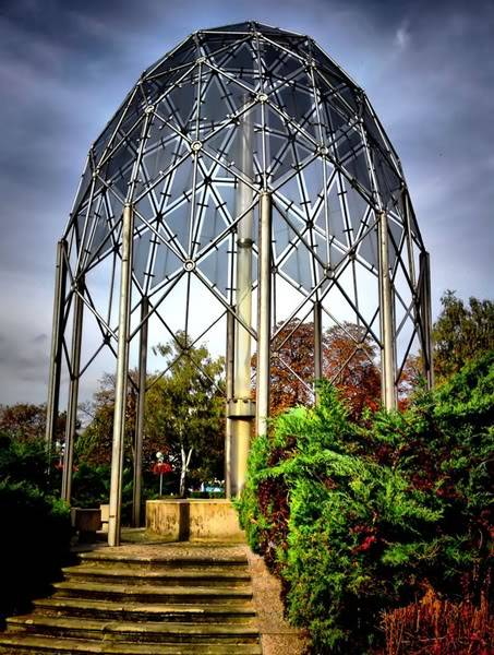Nevertheless Garden Glass_fountain_by_past1978-d2m6nll