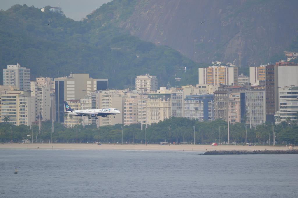 Río de Janeiro (Portaaviones , Aviones y más...) MSCPOESIA167_zpsf7be677b