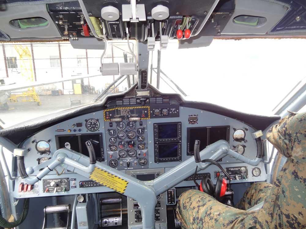 La Fuerza Aérea Argentina entrega el Twin Otter AE-106 al Ejército Argentino TwinEcuador_zpstkd6hekp