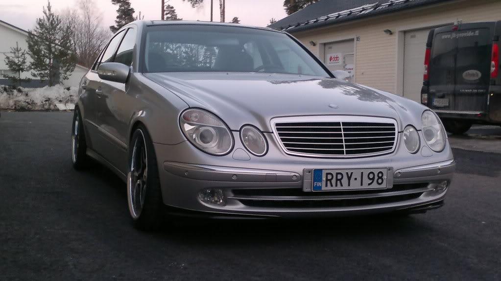 Mercedes w211 e320 benzin 06042011173