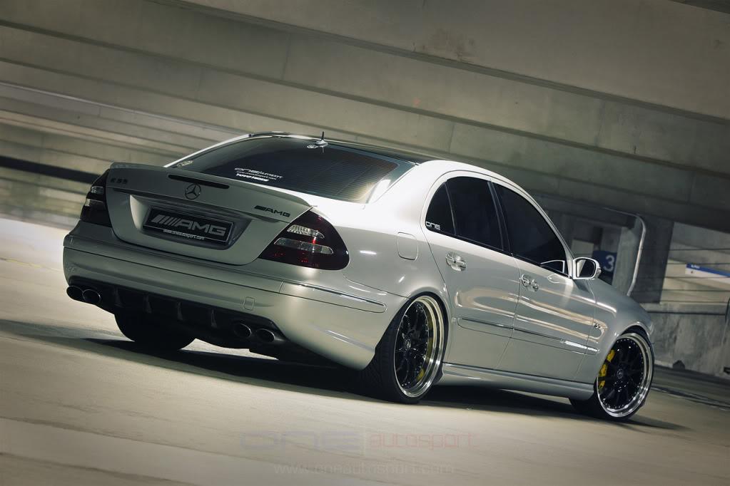Mercedes w211 e320 benzin Amg