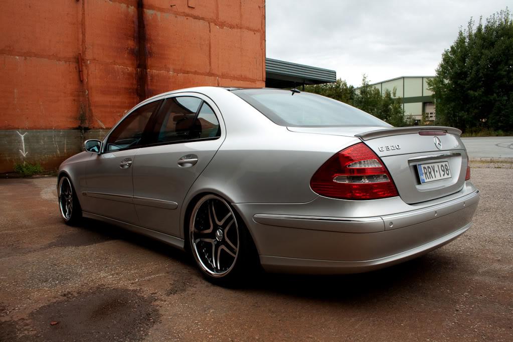 Mercedes w211 e320 benzin Mersu3