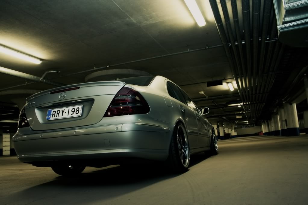 Mercedes w211 e320 benzin Testi22of28_out