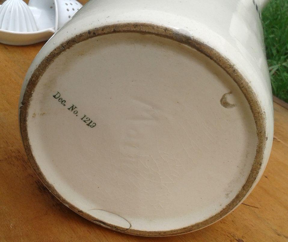 Large jar, painted, marked Mainz & Dec. No 1219 Jarre2_zps257ce674
