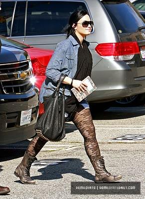 Demi Lovato Normal_008