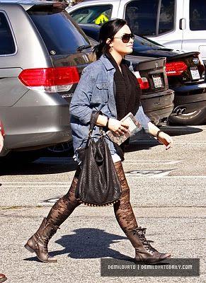 Demi Lovato Normal_009