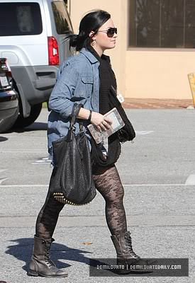 Demi Lovato Normal_032