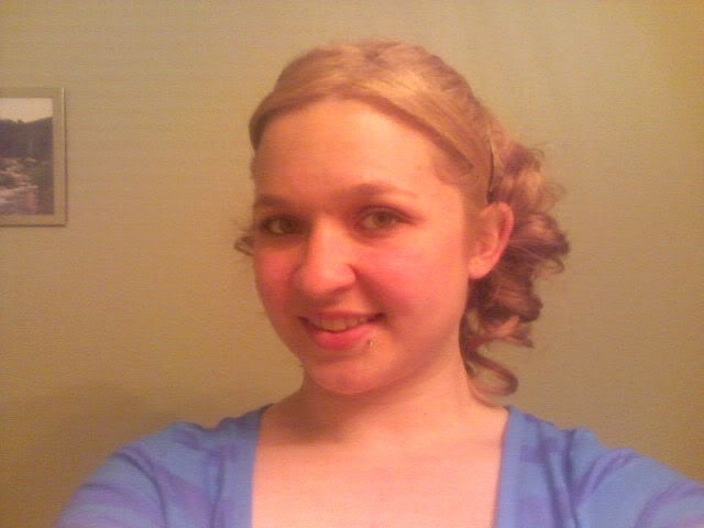 Post your pictures (DO NOT DELETE!!!! EVER!!!!) - Page 6 Curls