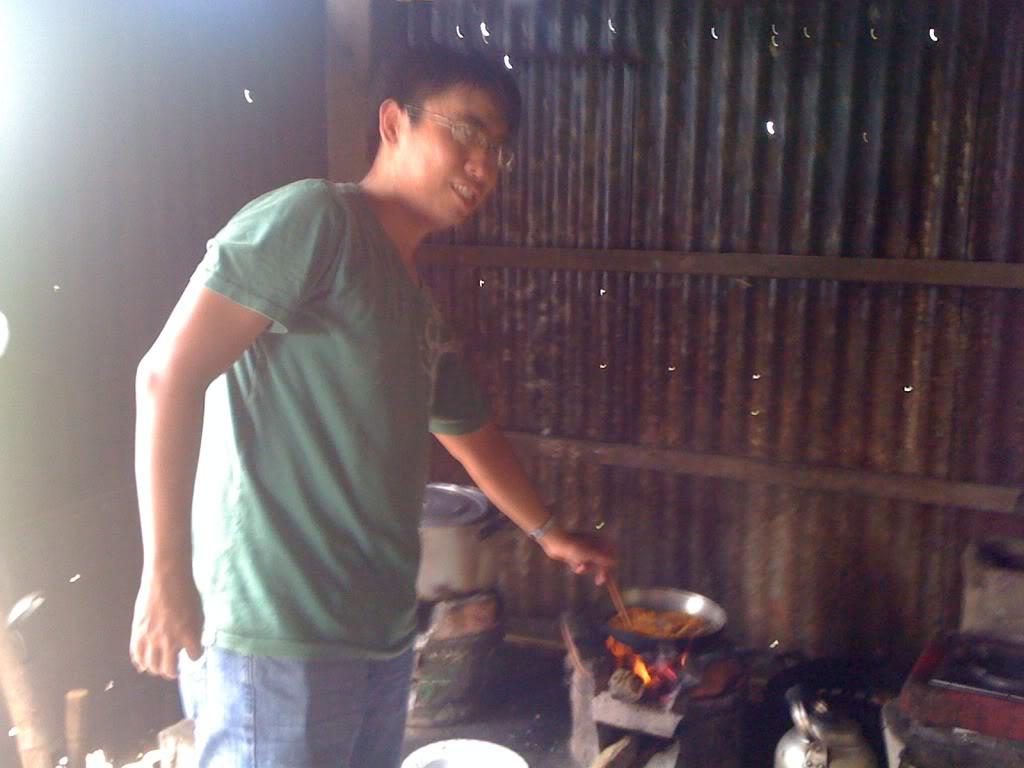 Một ngày xuống nhà Thái sư phụ 17/8/2011 IMG_0704
