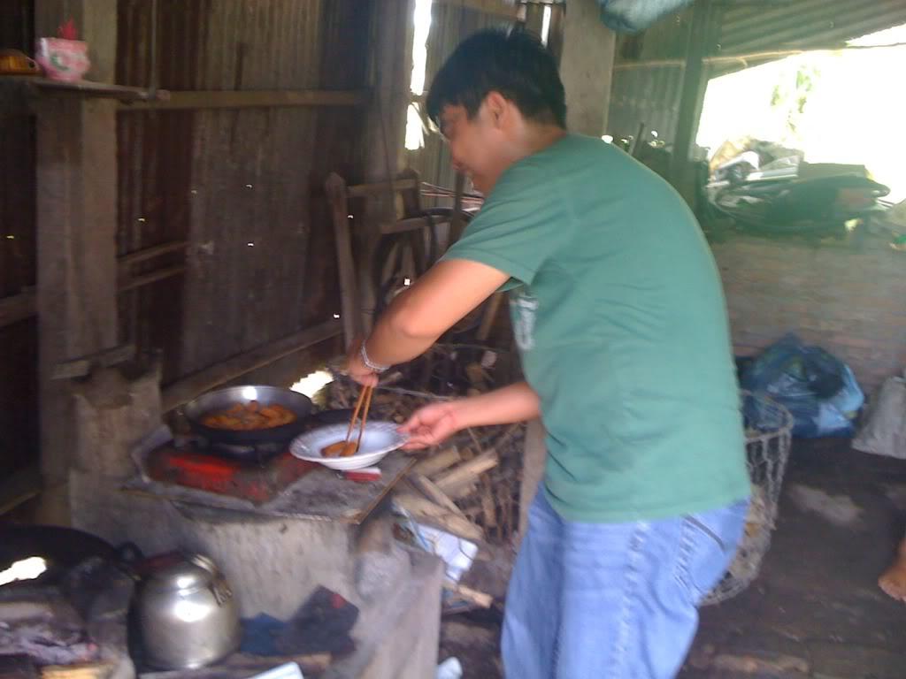 Một ngày xuống nhà Thái sư phụ 17/8/2011 IMG_0705