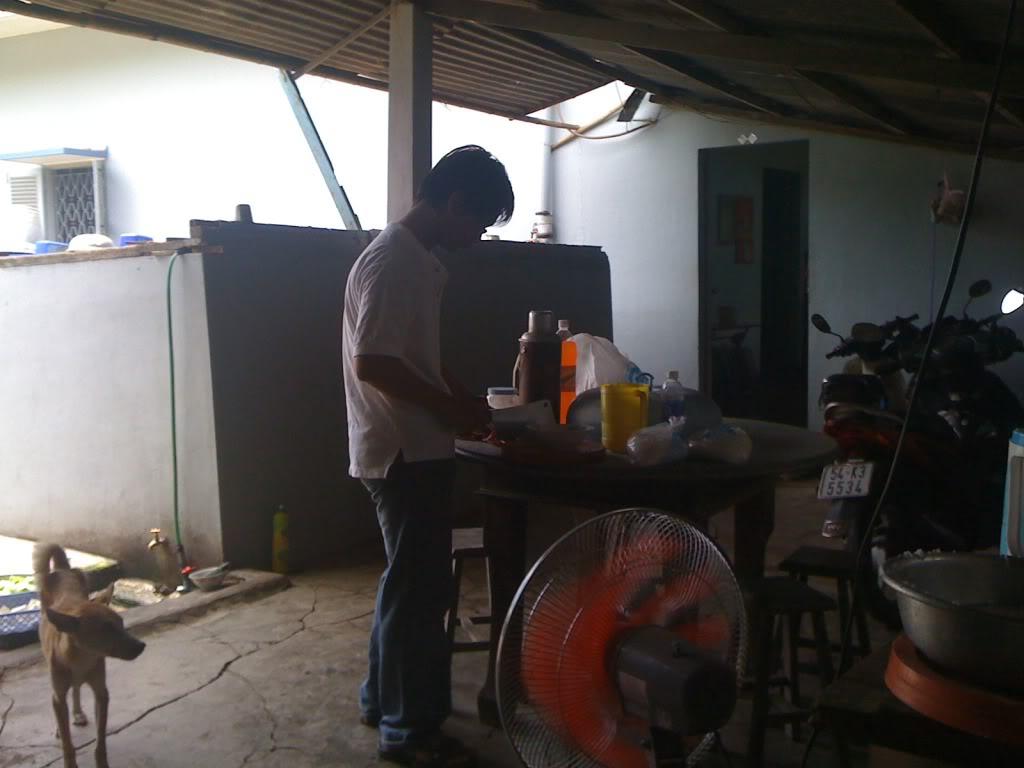 Một ngày xuống nhà Thái sư phụ 17/8/2011 IMG_0707
