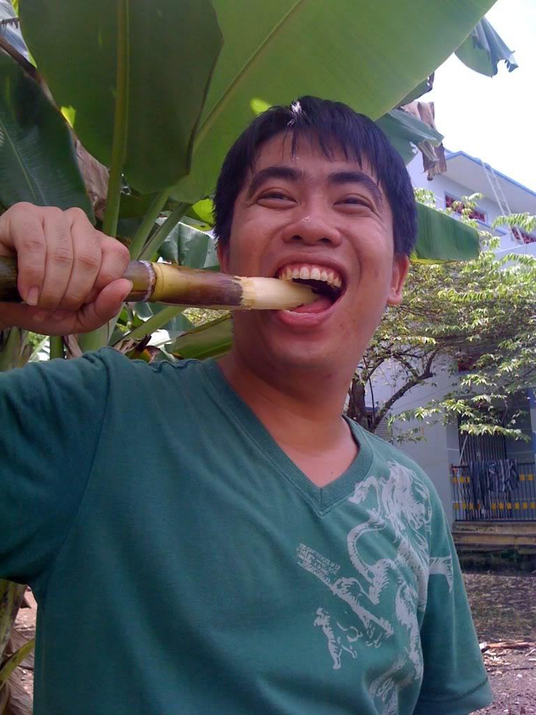 Một ngày xuống nhà Thái sư phụ 17/8/2011 IMG_0737