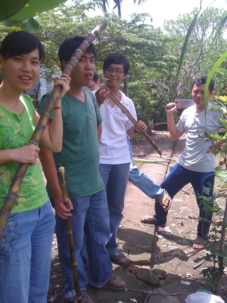 Một ngày xuống nhà Thái sư phụ 17/8/2011 IMG_0740