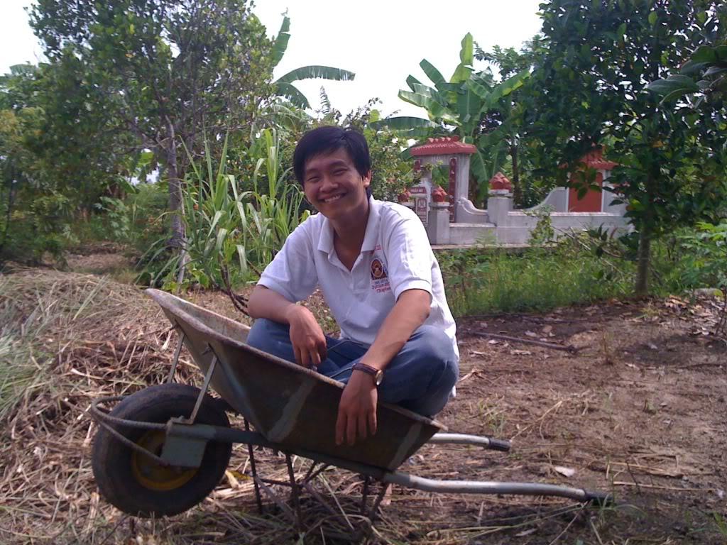 Một ngày xuống nhà Thái sư phụ 17/8/2011 IMG_0760