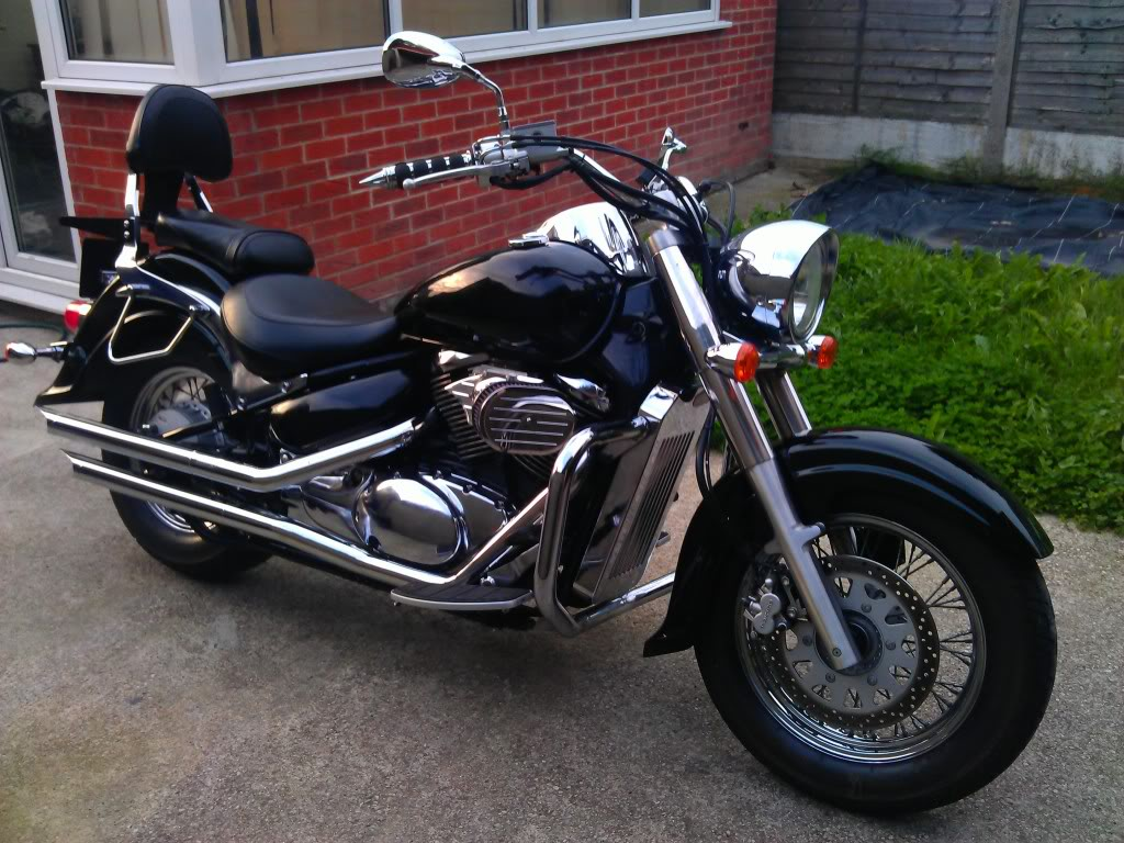 Most recent pic of my ... 2005 VL800 Intruder IMAG0633