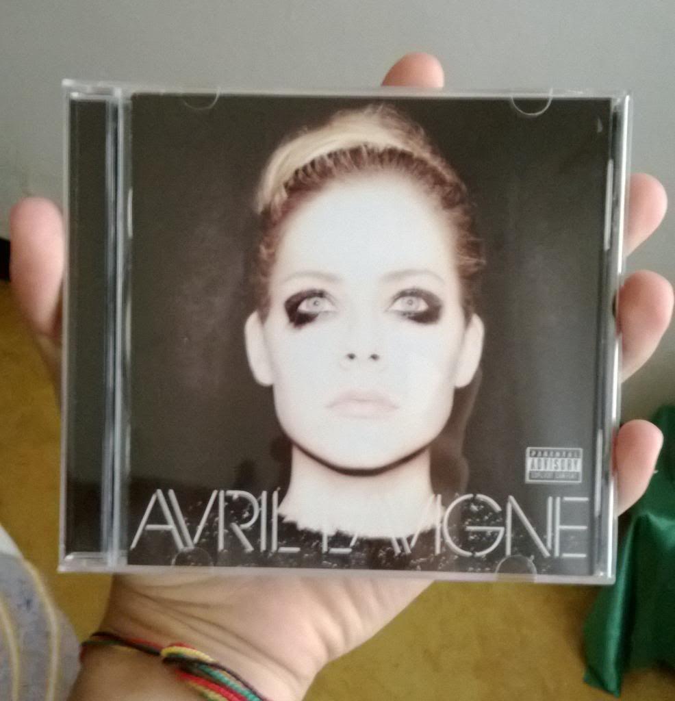 Avril Lavigne >> Tu Colección de Avril Lavigne - Página 13 WP_20131201_024_zps57ad71bc