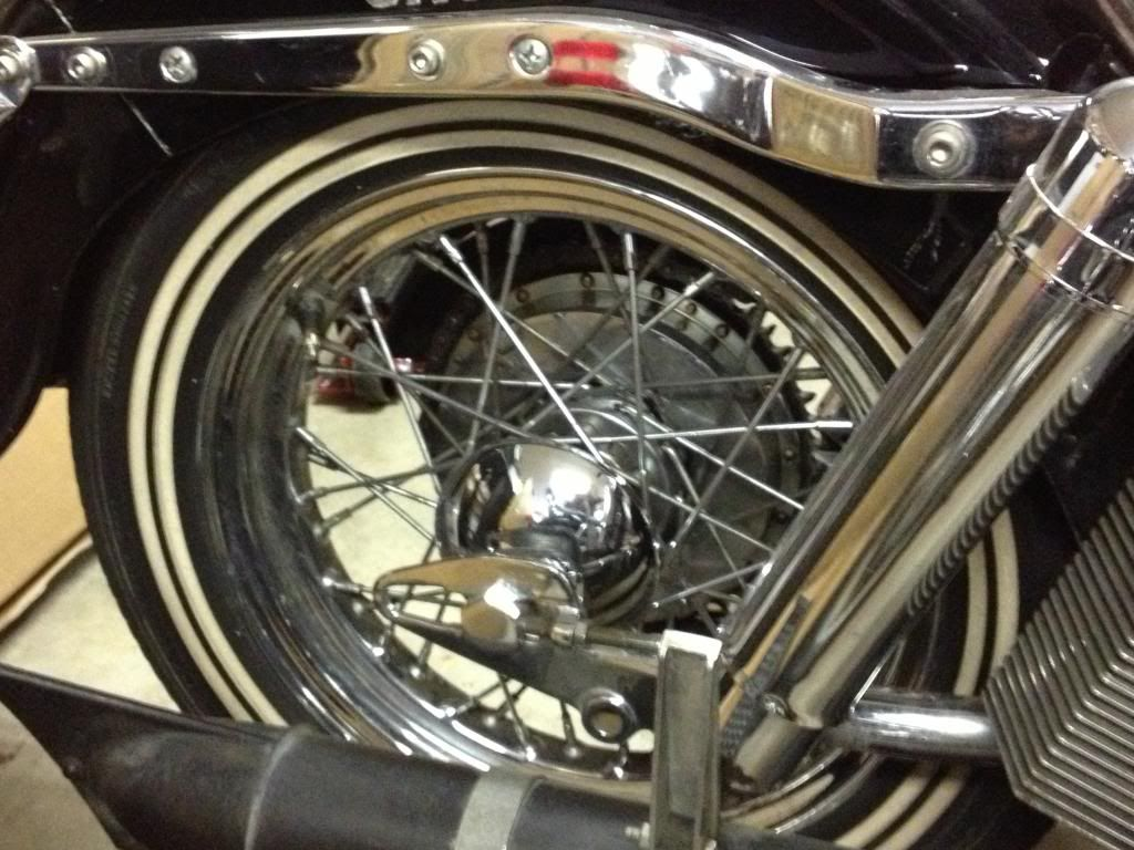 Here is that old pan/knuck bike I was talking about  IMG_0190_zps4dc63cce