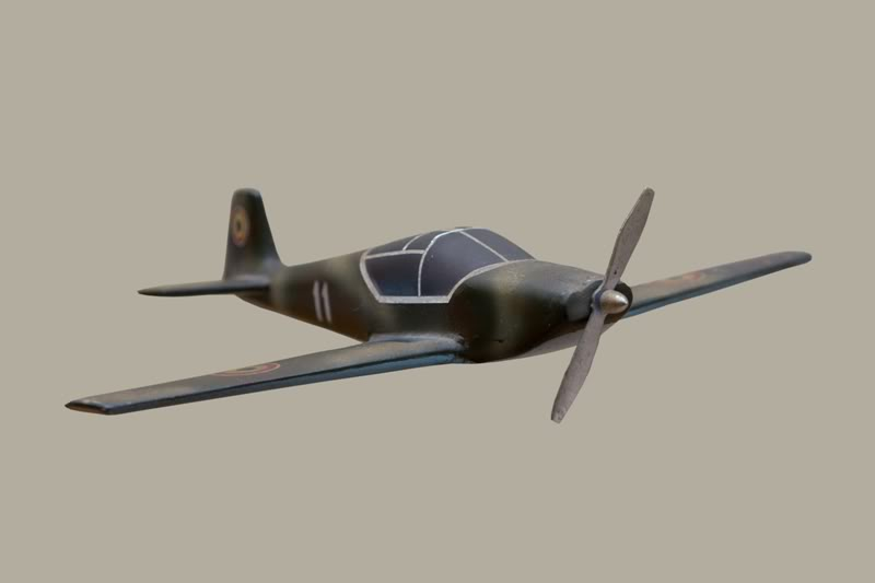IAR-823 IAR-823-4