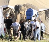 Water for Elephants : Photos  + Vidéos du tournage... - Page 10 Th_WFESet37