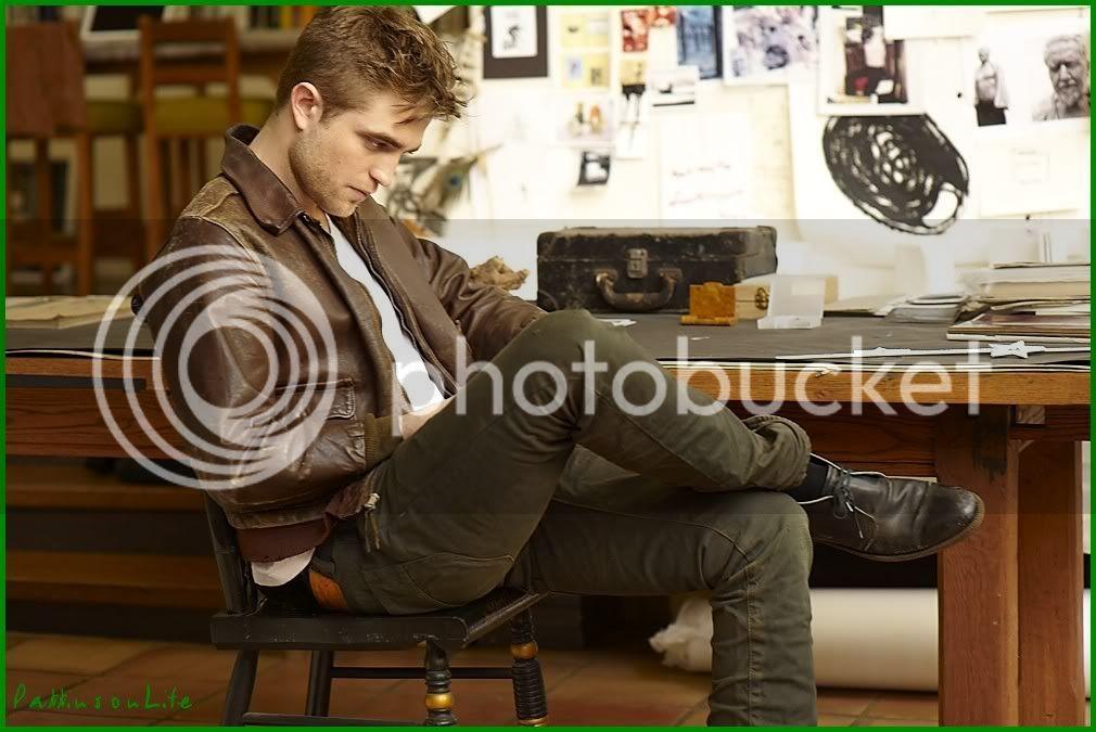Nouveaux outtakes du shooting de Robert Pattinson pour Carter SMITH - Page 2 001