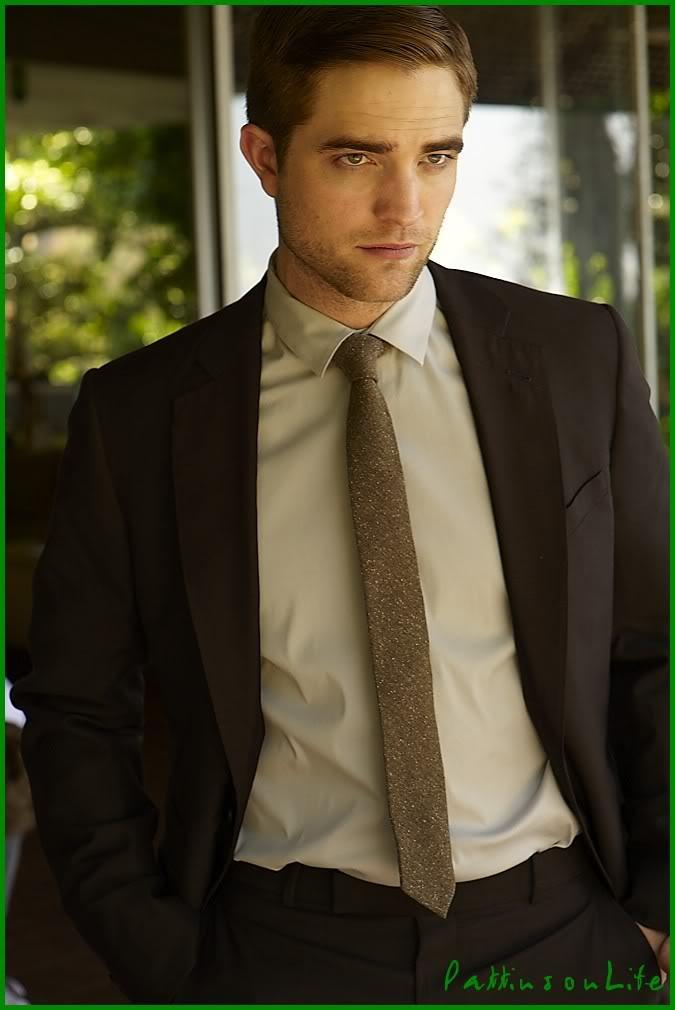 Nouveaux outtakes du shooting de Robert Pattinson pour Carter SMITH - Page 2 004