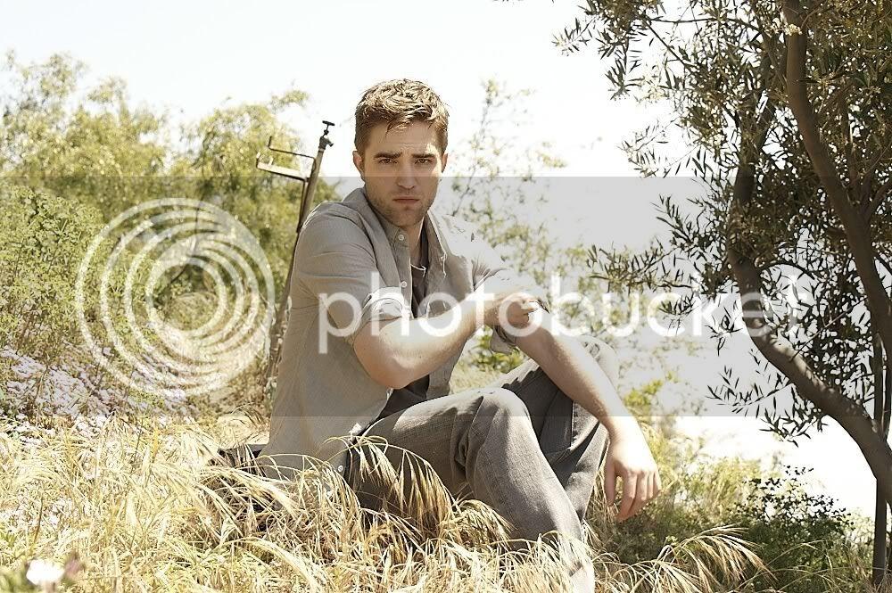 Nouveaux outtakes du shooting de Robert Pattinson pour Carter SMITH - Page 4 Smith3