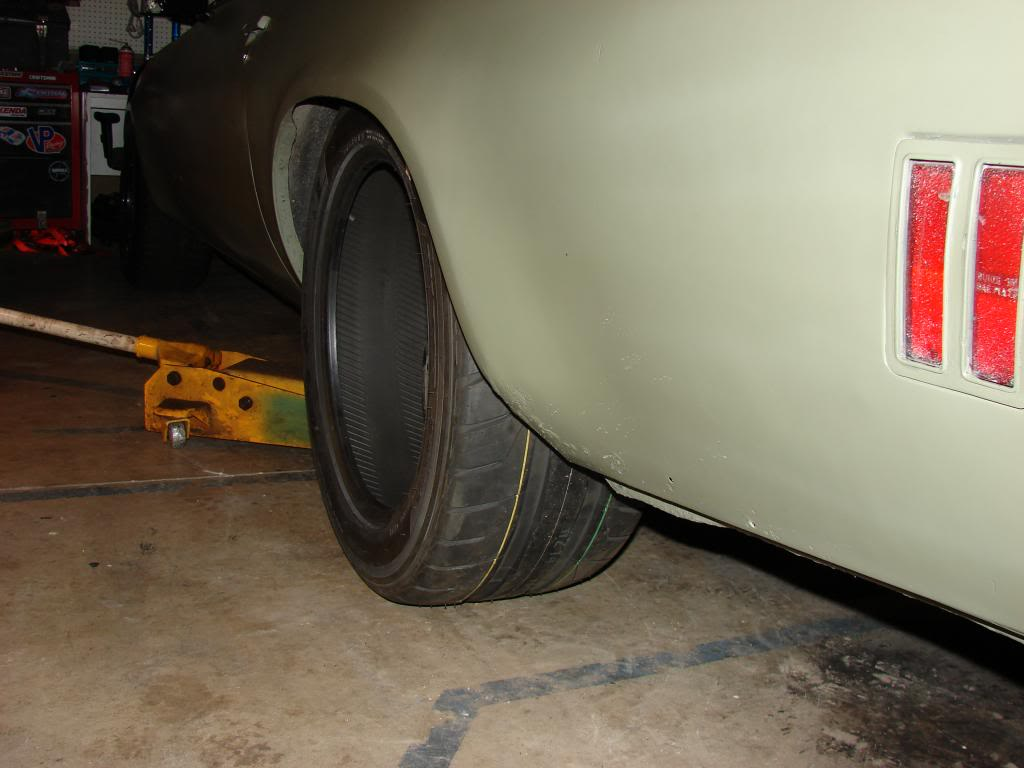 1973 Laguna, Project: Brutus - Page 2 295-45-18tirefitment1