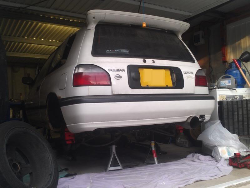 donpulsar's White GTiR IMAG1093