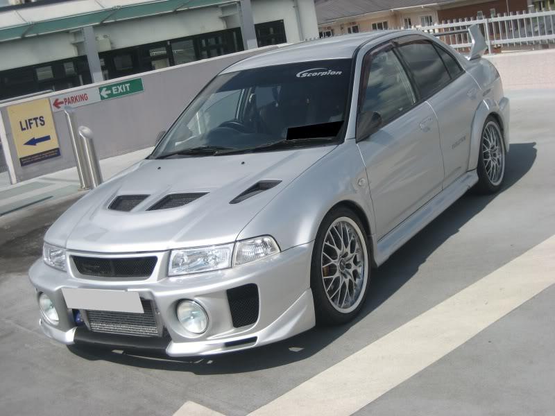 my 180sx drift/road car and evo 5 025-2