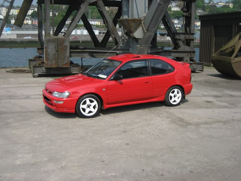 What colour is your car? 028-1