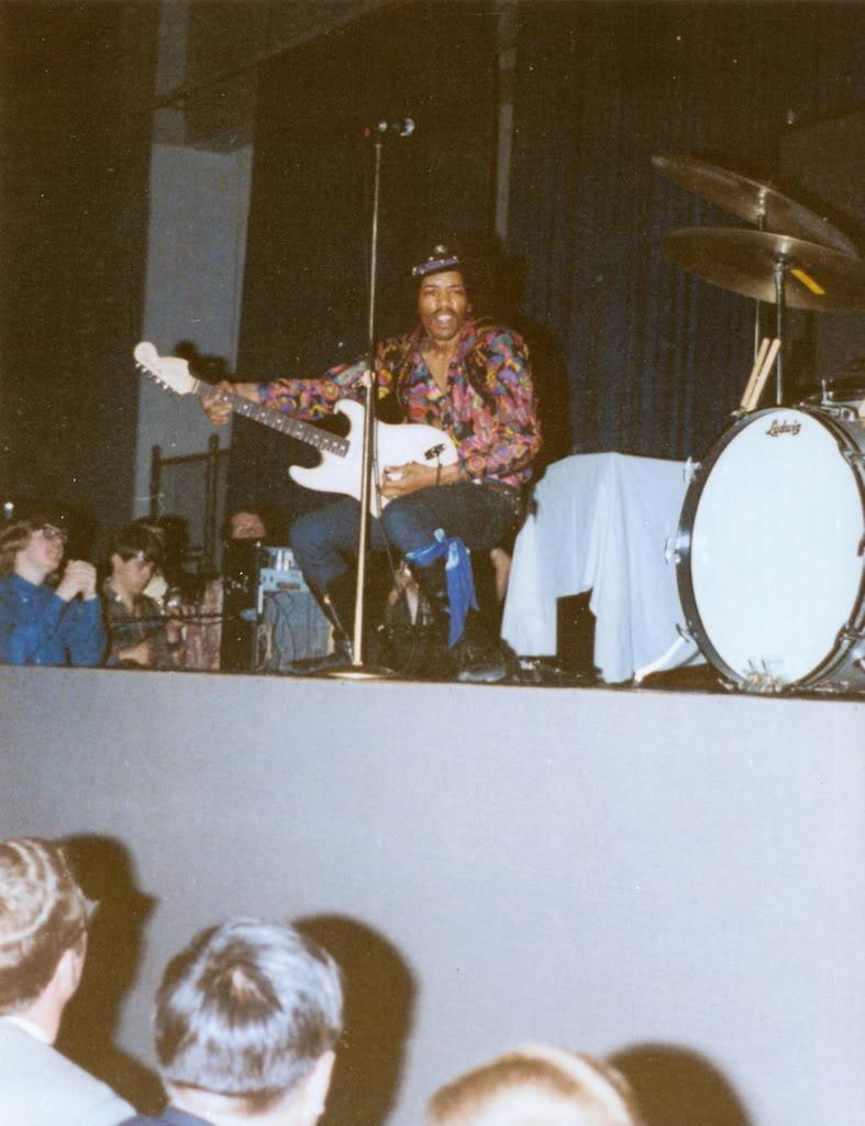 Cincinnati (Xavier University Fieldhouse) : 28 mars 1968  Scan0007