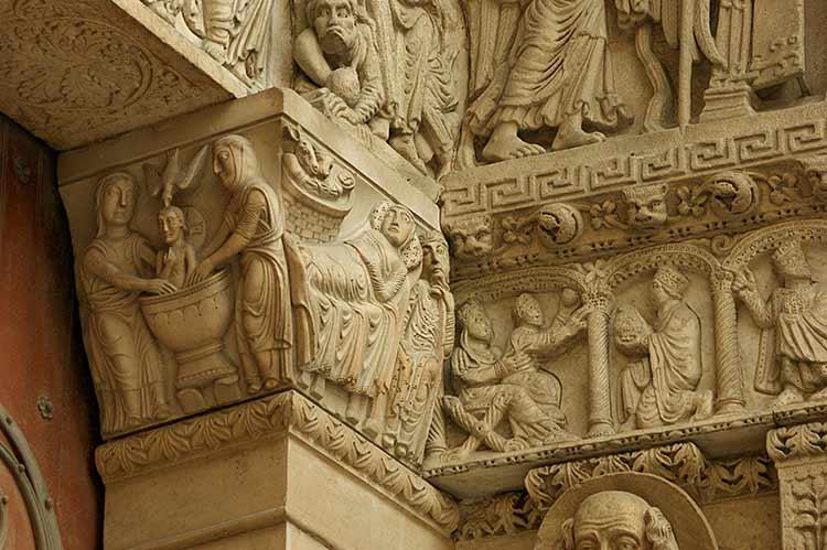 Magos y Epifanías románicos - Página 3 Arles-S-Tr-fa-027-a