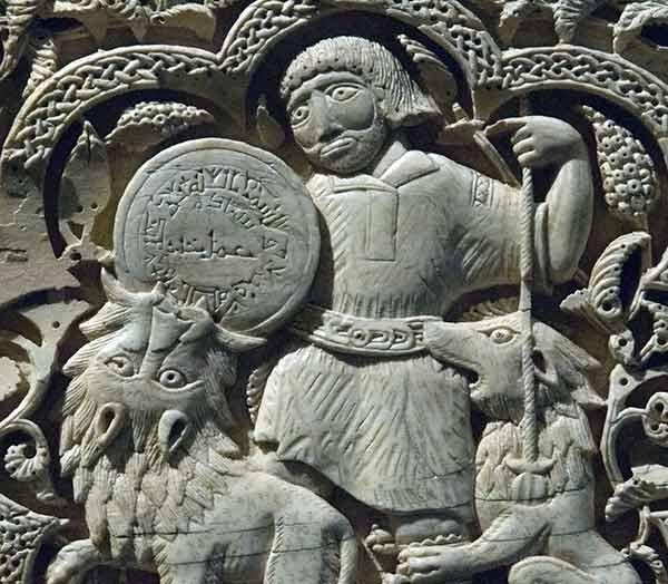 EL ROMÁNICO EN SU CONTEXTO HISTÓRICO Pamplona-museo-2_zps4d5190a6