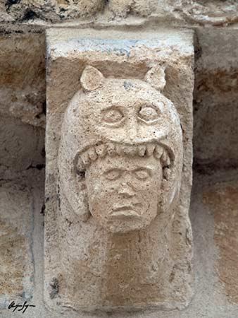 ICONOGRAFÍA ROMÁNICA - Página 17 San-Miguel-de-Bernuy-ermita-de-la-Virgen-del-Ro