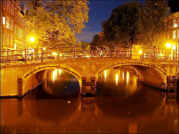 Grimburgwal [rua/canal] Grimb