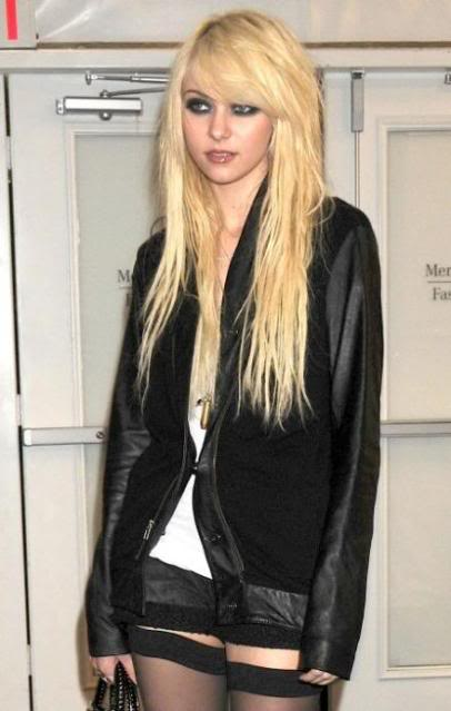 La muralla Parisi Taylor-momsen-fashion-week-fabul-2