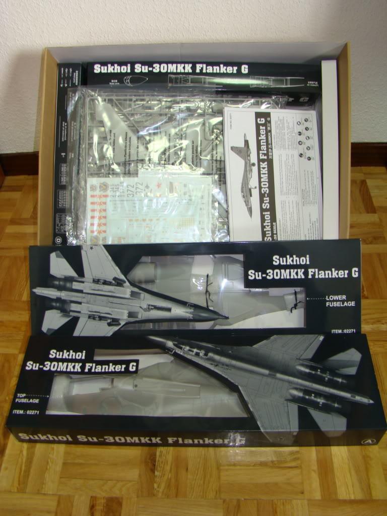 SU-30 MMK 1:32 DSC06209