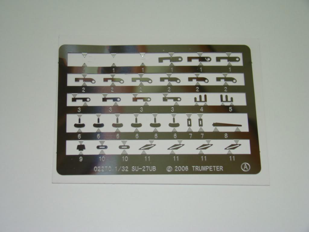 SU-30 MMK 1:32 DSC06230