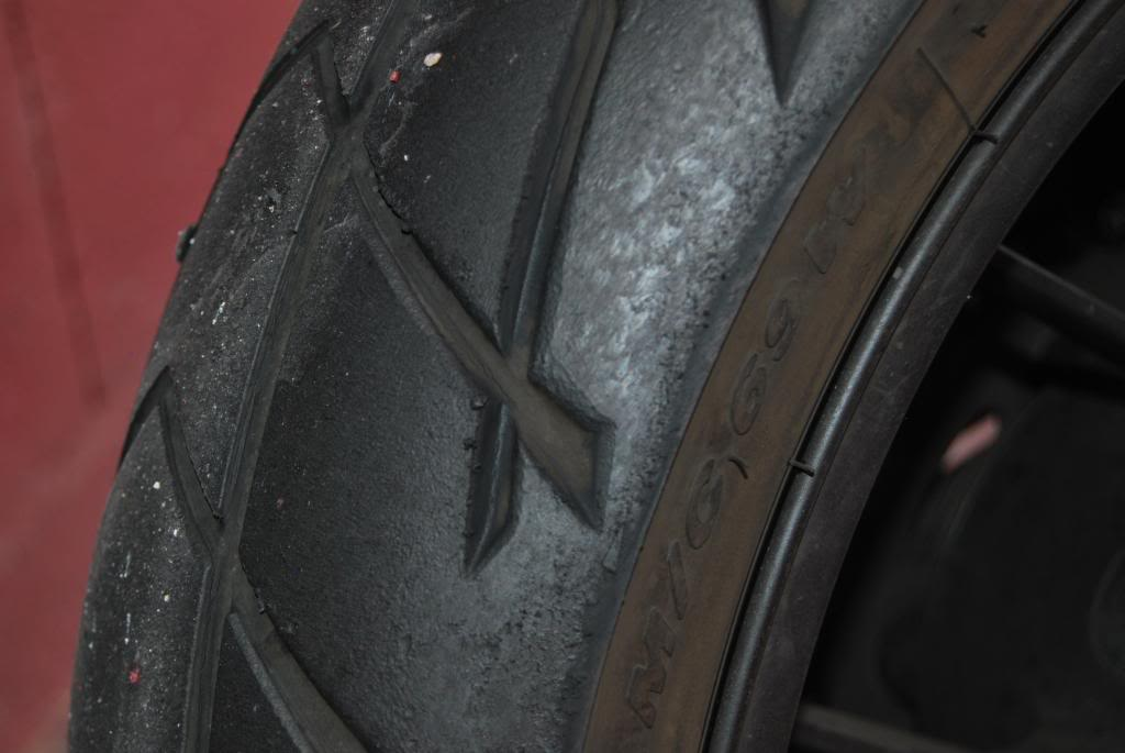 El hilo de los neumáticos.... - Página 2 DSC_0026_zps1fabd288
