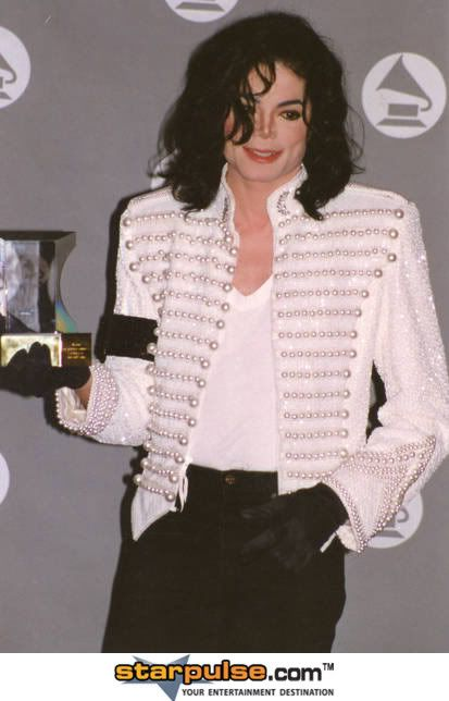 Your fav MJ Pictures ! Please post yours.. Michael20Jackson-PRN-041049
