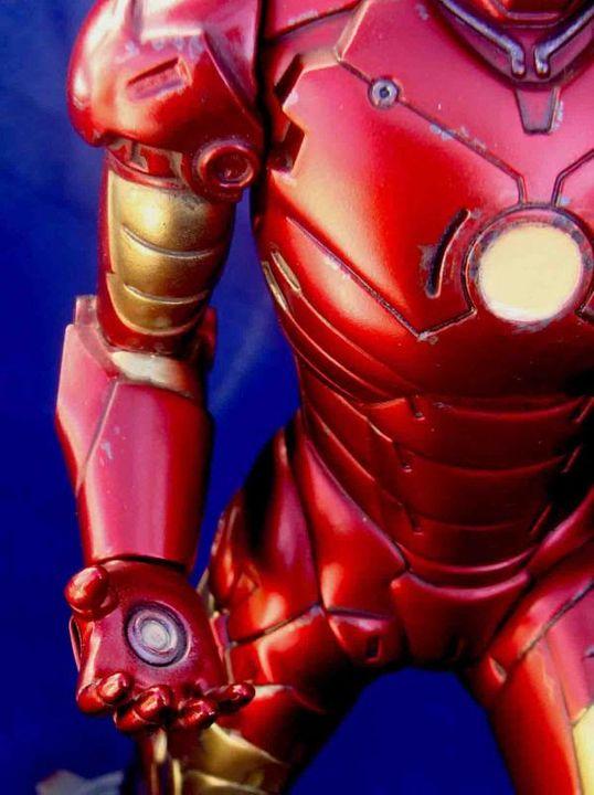 Iron Man - Moebius Mark III 1/8 - Proyecto terminado DSC08986_zpsfb7bca52
