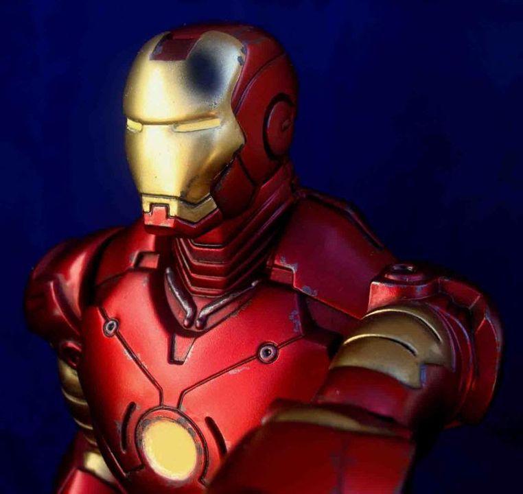 Iron Man - Moebius Mark III 1/8 - Proyecto terminado DSC08997_zpsce075dc3
