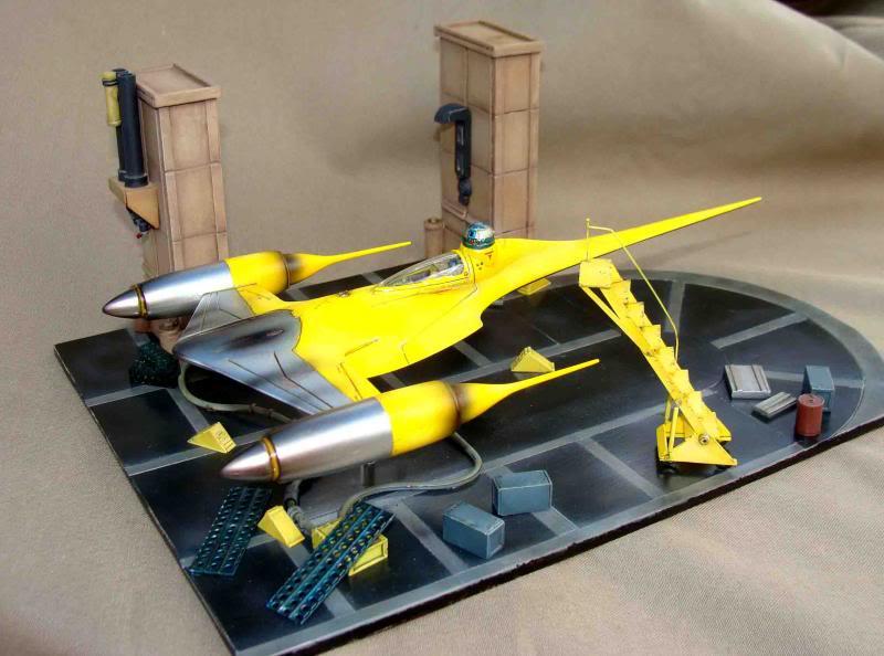 Star Wars - Naboo Starfighter DSC09804_zps44139fe5