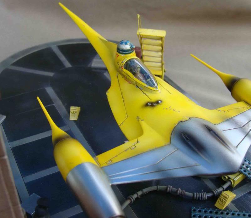 Star Wars - Naboo Starfighter DSC09814_zps9b0bf120
