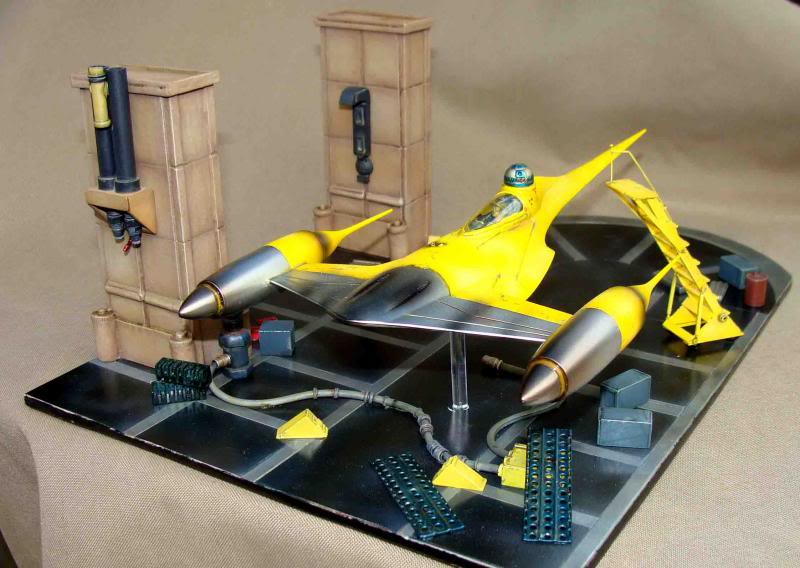 Star Wars - Naboo Starfighter DSC09830_zps4249a172