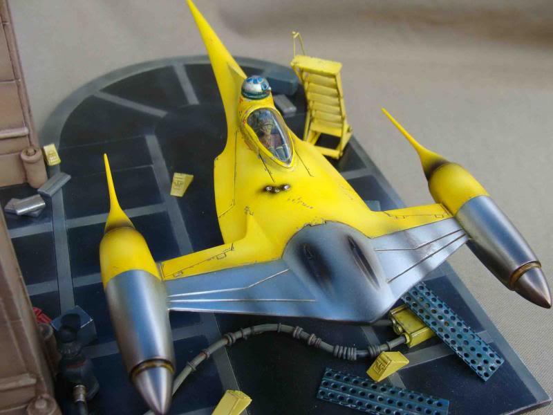 Star Wars - Naboo Starfighter DSC09841_zps7304f3d7